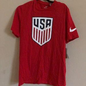 Men's Nike USA red t shirt NWT